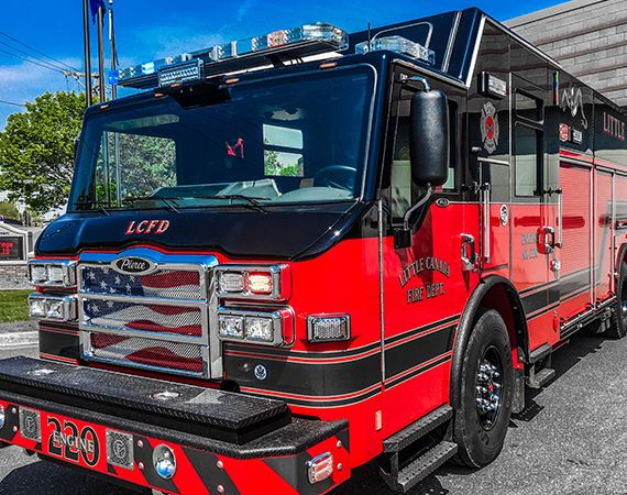 Little Canada Engine 220 Spotlight Image